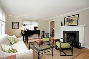 Living room home staging design by Timeless Décor, Ridgewood, NJ 07450   (201) 819-4466
