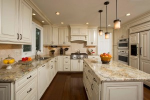 Kitchen design and home staging design by Timeless Décor, Ridgewood, NJ 07450 | (201) 819-4466