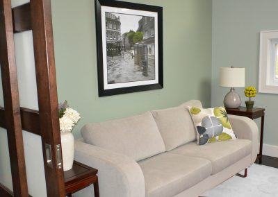 Office / Guest Room New Design with White Carpet - timeless-decor.com Interior-design